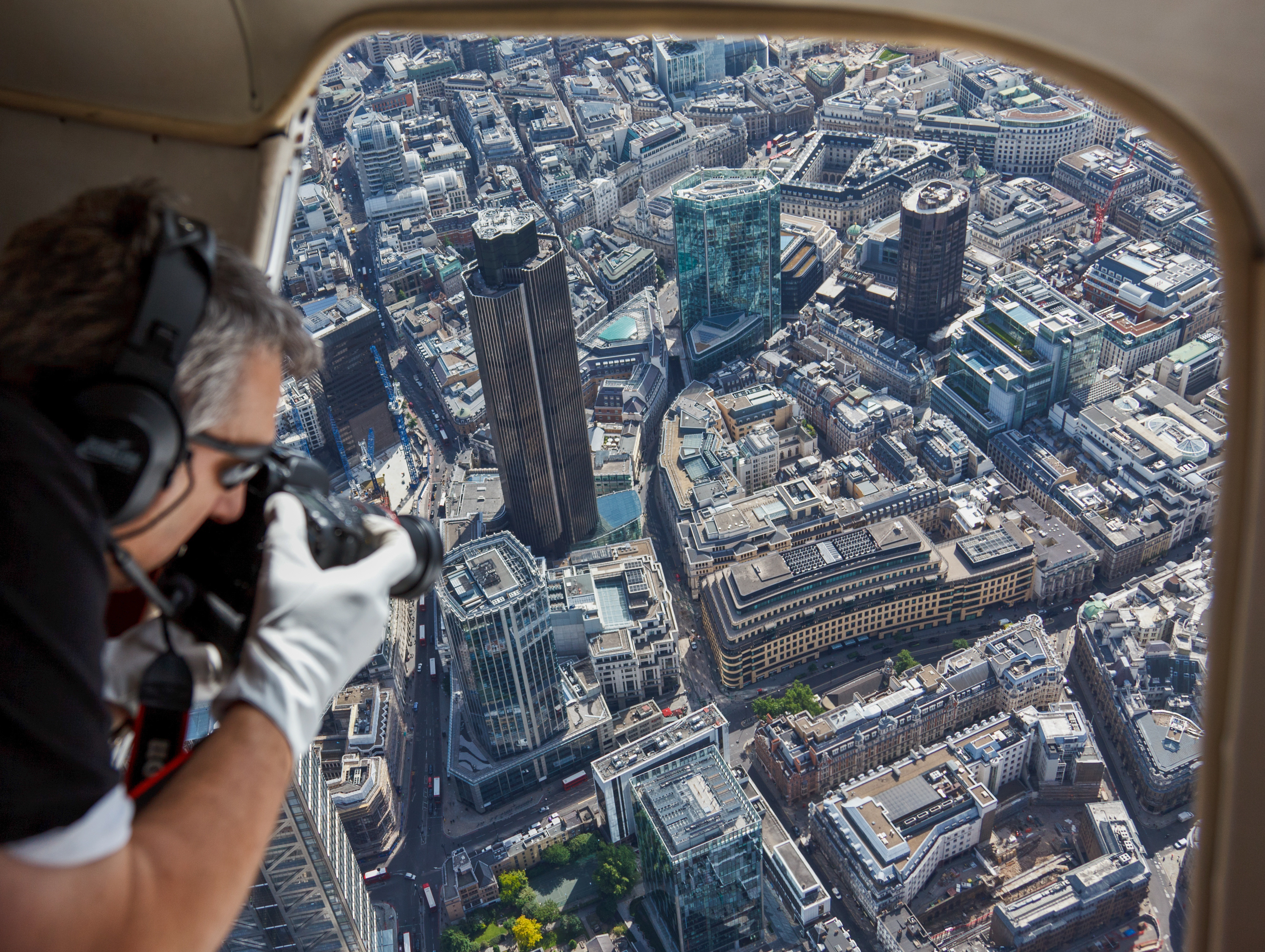 HIgh-Level-Photography_-Aerial-Photography-London Why use a professional photographer?
